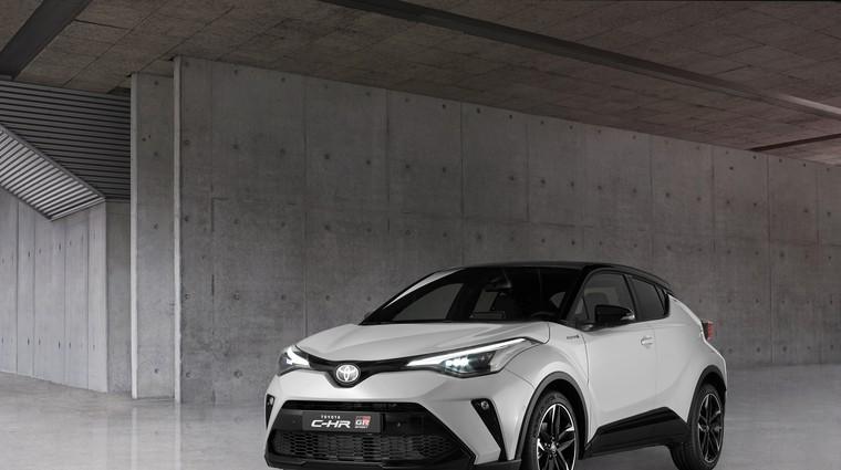 Toyota CH-R po novem letu še bolj raznolika (foto: Toyota)