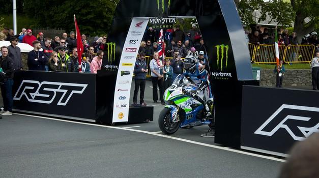 Uradno: prihodnja dirka Isle of Man TT šele leta 2022 (foto: Jure Šujica)