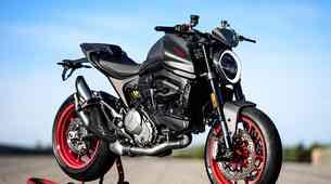 Ducati Monster 2021 -  popolnoma nov in z aluminijastim okvirjem