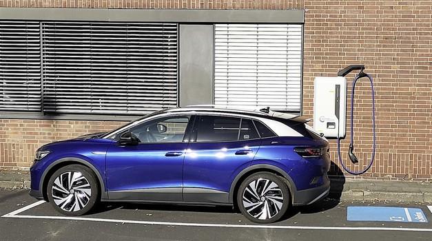Volkswagen se bo postavil po robu Tesli (foto: Volkswagen)