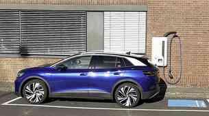 Volkswagen se bo postavil po robu Tesli