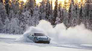 Šole zimske vožnje: Poučna zabava