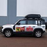 Na bližajočem Dakarju tudi dva povsem serijska Land Rover Defenderja (foto: Jaguar-Land Rover)
