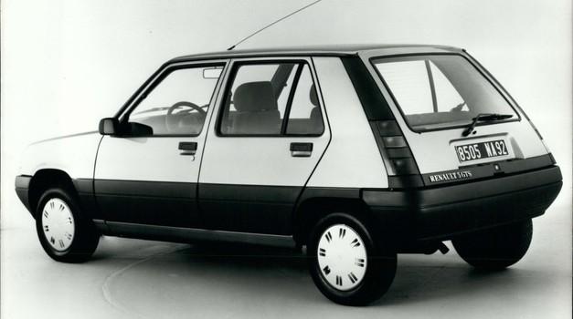Se vračata 'Petka' in 'Katra'? Renault napoveduje nove modele z znanimi imeni (foto: Profimedia)