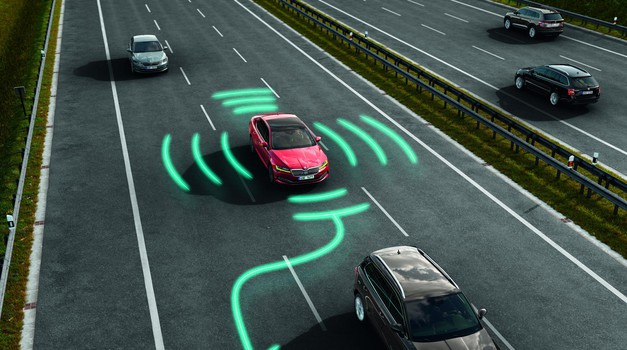 Napredni sistemi za pomoč voznikom - Varnost je na prvem mestu (foto: Škoda Auto)