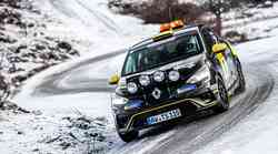 Uradno: tudi Renault se v reliju dviguje stopničko višje