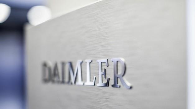 Nič več Daimler, poslej le še Mercedes-Benz (foto: Daimler)