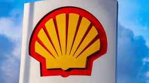 Shell napovedal odmik od klasičnih goriv. Čas za elektriko?
