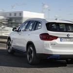 BMW iX3 - električni terenec, ki narekuje trende (foto: BMW)