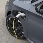 Baterije električnih vozil so zaradi potrebe po odpornosti proti globoki izpraznitvi izdelane na osnovi drugačnih tehnologij in materialov. (foto: Cupra)