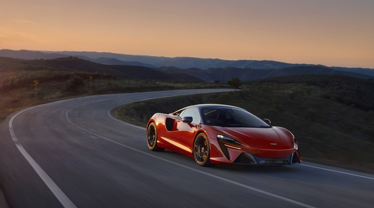 Premiera: McLaren se vrača k hibridom, tu je Artura! (foto: McLaren)