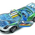 Lahka in čvrsta konstrukcija. Porschejeve karoserije so vedno odlične. (foto: Porsche)