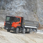 VOZILI SMO: Scania XT G 450 B8x4 HA - Posebnež med gradbinci (foto: Scania)