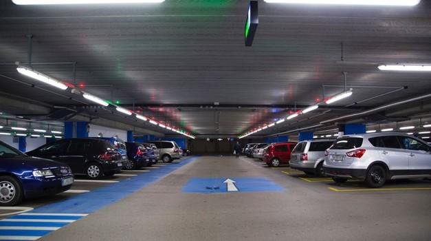 Parkiranje v garažni hiši bo odslej še bolj enostavno (foto: Tenzor)