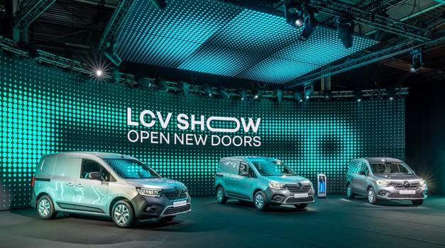 Express na široko odpira vrata novim Renaultovim dostavnikom (foto: Renault)