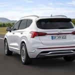 Novo v Sloveniji: Prenovljeni  Hyundai Santa Fe je drzno uglajen (foto: Hyundai)