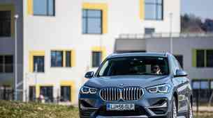 KRATKI TEST BMW X1 xDrive25e X-Line - Preračunavanje