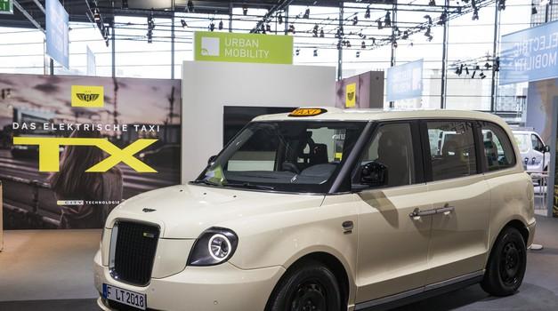 Taxi : Uber - vojna ideje, ne argumentov (foto: avtomagazin)