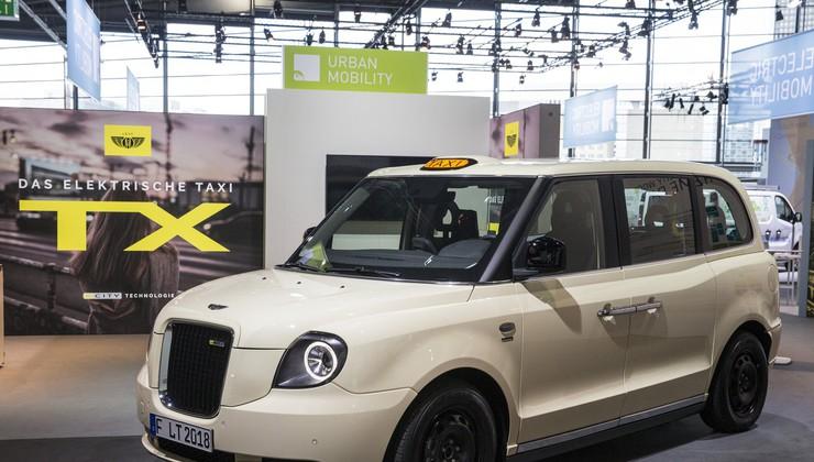 Taxi : Uber - vojna ideje, ne argumentov
