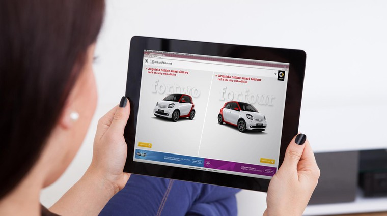 Prodaja vozil po spletu - Najprej na splet, nato v salon (foto: Photographer: Andrey Popov)