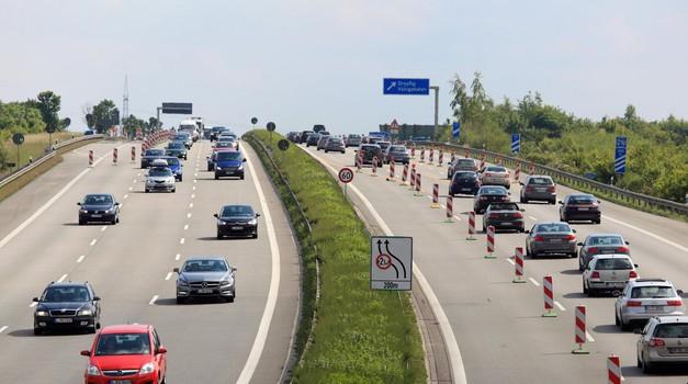 Ali se bliža konec hitrostnega paradiža v Nemčiji? (foto: Profimedia)