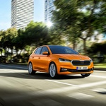 Izšel je novi Avto magazin: šestvaljniki se vračajo! Obsežna predstavitev nove Opel Mokke... (foto: Arhiv AM)