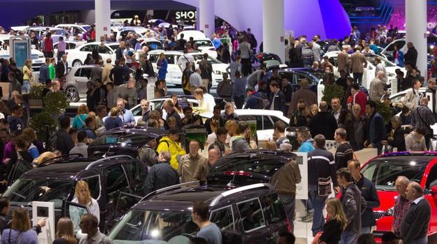 Prihodnje leto se vrača Avtomobilski salon v Ženevi! A s pomembnimi spremembami (foto: Profimedia)