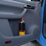 Funkcionalnost, dostopnost in prostornost odlagalnih površin in predalov je pri Caddyu posebno izrazita. (foto: Volkswagen)