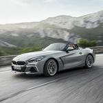Tudi BMW kupcem ponuja šestvaljnike, komibnirane s sodobnim prisilnim polnjenjem, na primer pri modelu Z4 M40i. (foto: Bmw Z40)