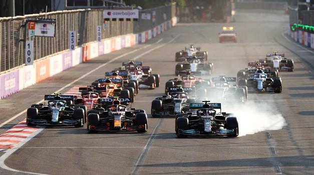 Formula 1, VN Azerbajdžana: Perez zmagoslavno, polom Mercedesa (foto: Red Bull)
