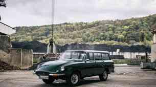 Naprodaj 'prvi SUV na svetu', otrok Jeepa in Ferrarija