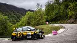 Preizkusi dirkalnega Twinga in si pribori nastop na gorsko-hitrostni dirki!