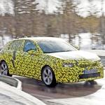11. generacija Opel Astre kuka izpod krinke (foto: Opel)