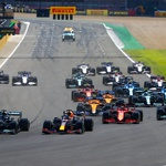 Formula 1, VN Velike Britanije: Hamilton poslal Verstappna v zid in zmagal (foto: Mercedes)