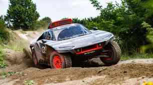 Po Formuli E še na Dakar - takšen je Audijev dirkalnik za prihodnje leto