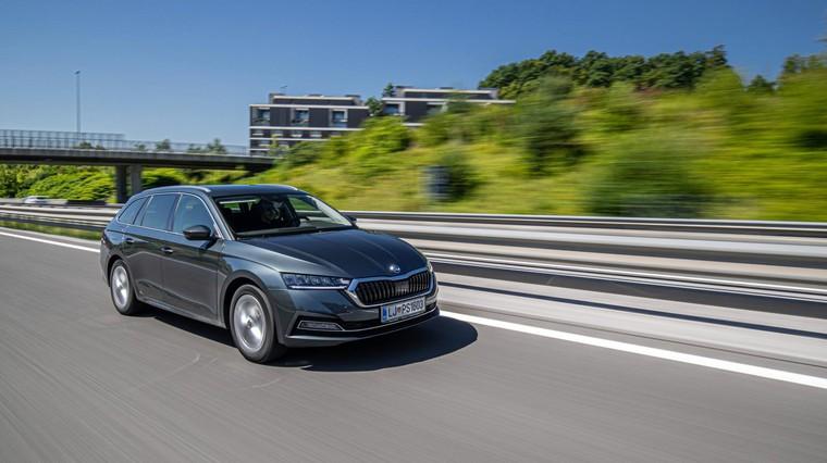 Prodaja novih vozil v prvem polletju: Clio prepustil žezlo Octavii! (foto: Uroš Modlic)