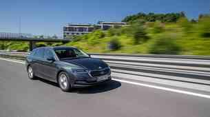 Prodaja novih vozil v prvem polletju: Clio prepustil žezlo Octavii!