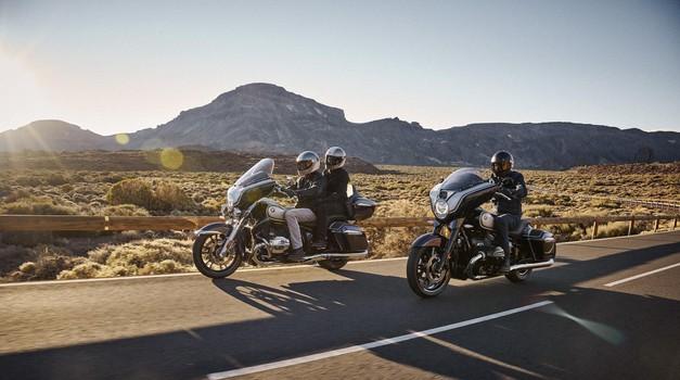 BMW R18 cilja na nove kupce, tu sta Bagger in Transcontinental (foto: bmw)