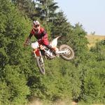 Na motociklu se s takšnimi vrhunskimi komponentami ni težko sprostiti. (foto: Peter Kavčič)