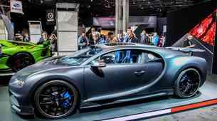 Se avtomobilski saloni res vračajo? Newyorski odpovedan tik pred zdajci