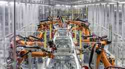 Polprevodniška kriza ustavlja industrijo