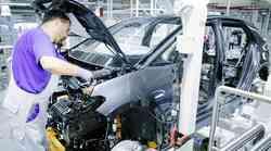Opuščanje motorjev z notranjim izgorevanjem - Je bencinarjem in dizlom odklenkalo?
