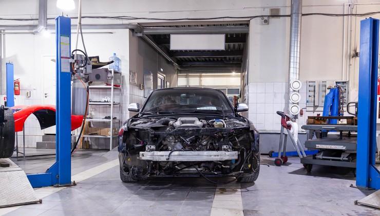 Dobava nadomestnih avtomobilskih delov: boste sploh lahko popravili vaš poškodovan ali okvarjen avtomobil?