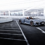 Spoznajte (skoraj) najmočnejši serijski avtomobil s pogonom na zadnji kolesni par! Gre za osnovo pravega dirkalnika! (foto: Audi)