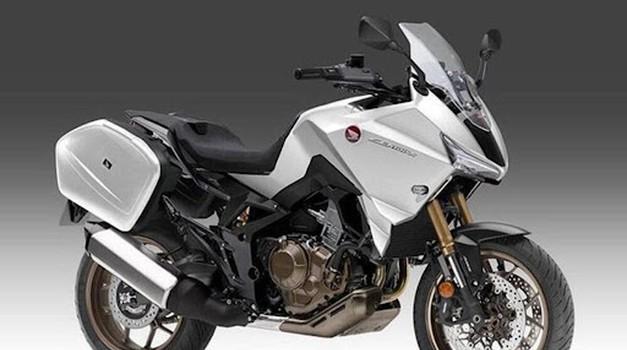 Bo ta Honda novi 'price performance' motocikel v razredu športnih tourerjev? (foto: honda)