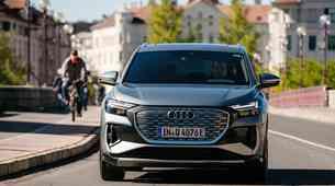 Novo v Sloveniji: Q4 e-Tron - z Audijem na elektriko še nikoli ceneje, takšen je njegov cenik!