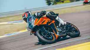 Vozili smo: KTM RC 390 - dirkalnik, ki si ga lahko omislite tudi sami!