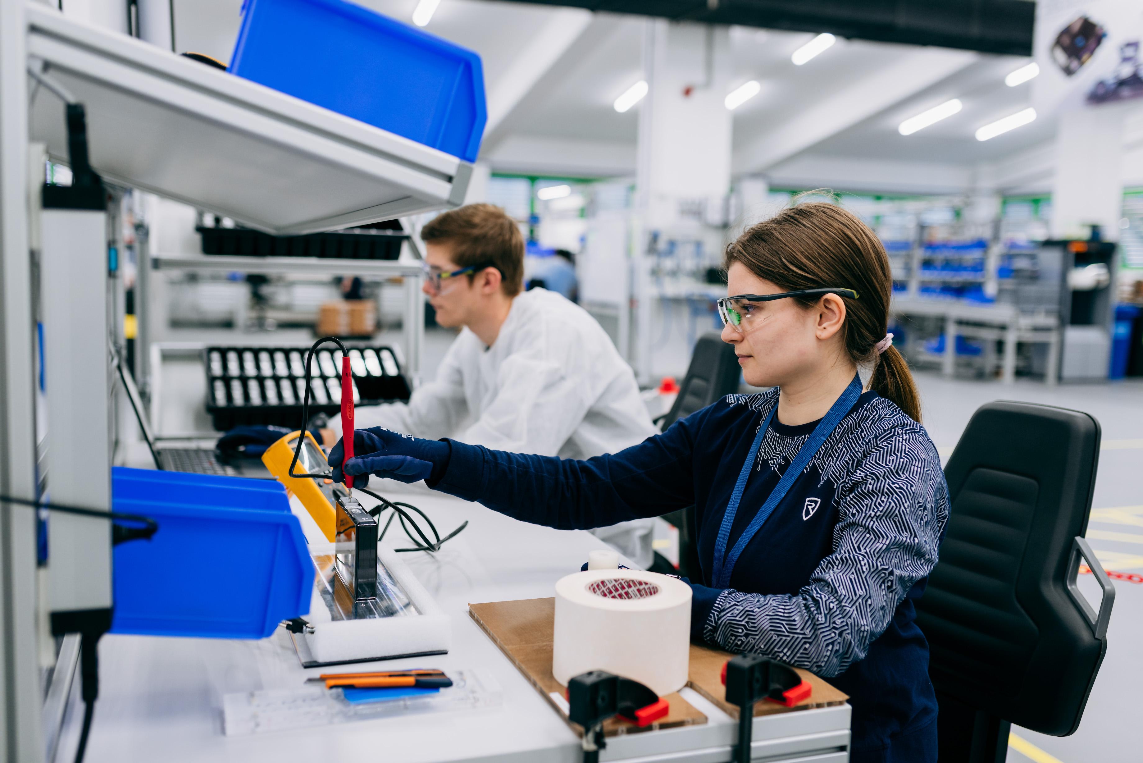 Rimac se uveljavlja kot dobavitelj naprednih sistemov za električno mobilnost.